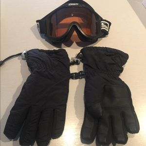 Black snowboarding gloves